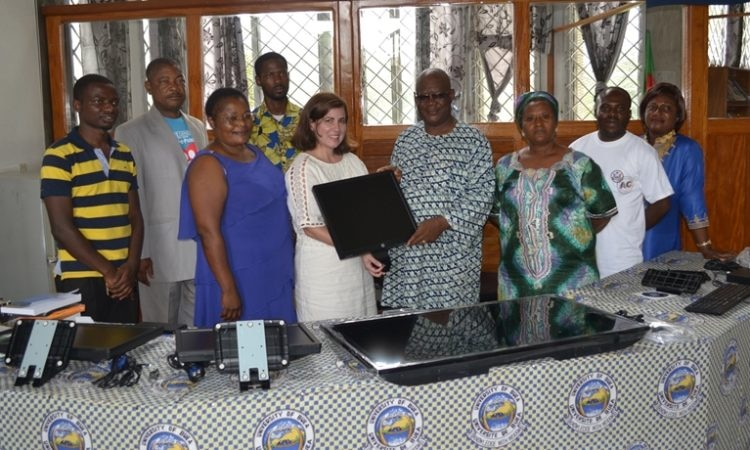 Acting Public Affairs Officer Nitza Sola-Rotger Donates New Equipment to UB American Corner
